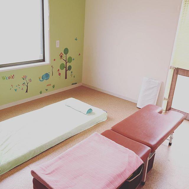 今日は水曜日♪一宮市木曽川町の育児サポートキッズルームなごみんさんにて施術の日です。お子様を預けて施術が受けられる♡スペシャルタイムをいかがですか?来週は狙い目!